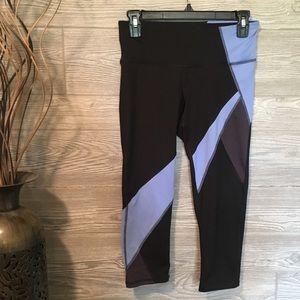 Champion Workout Capri Pants